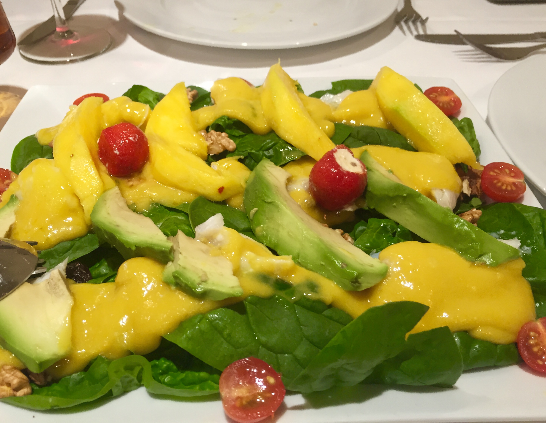 Ensalada de espinacas con vinagreta de mango